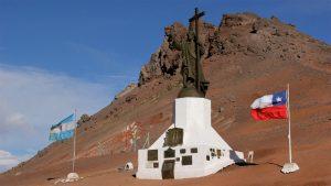 Argentina reabrirá sus pasos fronterizos con Chile a principios de octubre